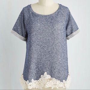 Crochet trim short sleeve sweatshirt